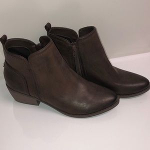 G  by Guess ankle booties